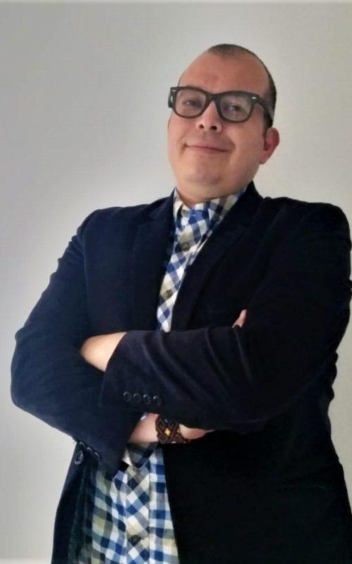 Óscar Peñuela - Líder Administrativo
